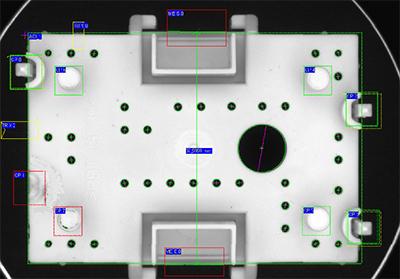 Oberflächenkontrolle Kunststoffgehäuseprüfung auf Oberflächenschäden, Bohrungen, Abbrüche und Vermessung